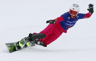Тудегешева победила в зачете КМ по сноуборду в параллельном слаломе