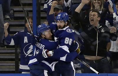 Две шайбы Кучерова принесли победу «Тампе» в матче НХЛ с «Эдмонтоном»