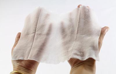 Гигиенические влажные салфетки провоцируют пищевую аллергию у детей