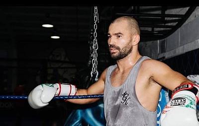 Бойцы Лобов и Тухугов могут провести поединок на турнире UFC 27 октября