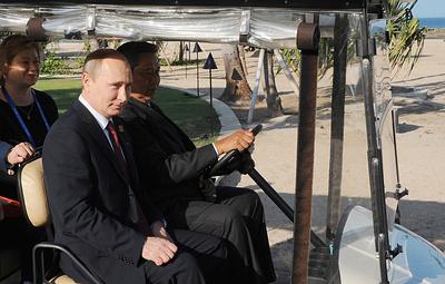 Как Владимир Путин отмечал свои дни рождения