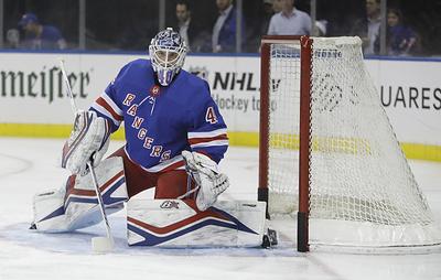 """Вратарь """"Рейнджерс"""" Георгиев поблагодарил одноклубников за первый шатаут в НХЛ"""