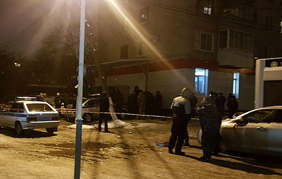Неизвестный открыл стрельбу по автомобилю вневедомственной охраны в Краснодаре