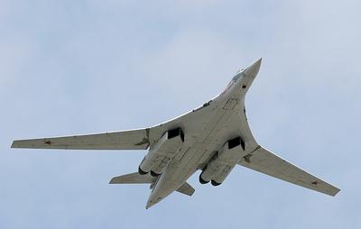 Российские Ту-160 десять часов провели в небе над Карибским морем