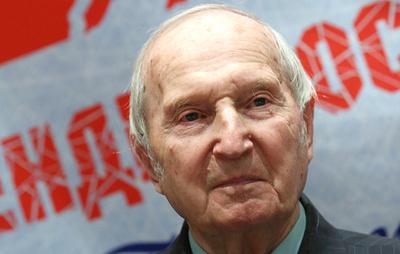 Первому олимпийскому чемпиону и чемпиону мира по хоккею Шувалову исполняется 95 лет