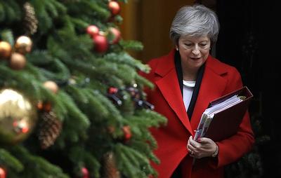 Sky: британское правительство не удовлетворило требование оппозиции о вотуме недоверия Мэй
