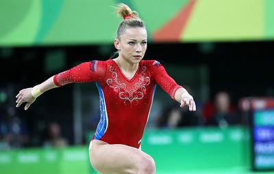 Гимнастка Пасека получила допуск от российских врачей и начала полноценно тренироваться