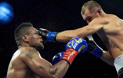 Боксер Ковалев заявил, что был осторожен весь бой против Альвареса