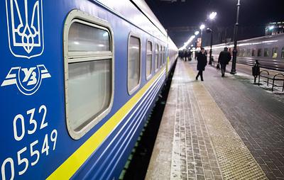 Украина сокращает количество пассажирских поездов в Россию из Одессы и Харькова