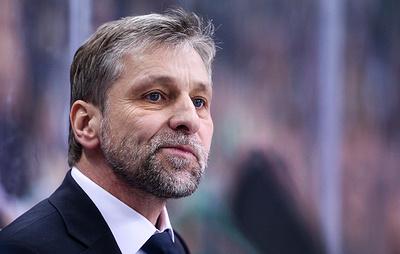 """Тренер """"Металлурга"""" Яндач обвинил Умарка в симуляции в матче плей-офф КХЛ"""
