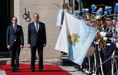 Лавров в первый визит в Сан-Марино обсудил банковские связи и безопасность в Европе