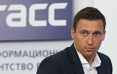 Легков считает второе место в КМ Непряевой и Большунова успехом российского лыжного спорта