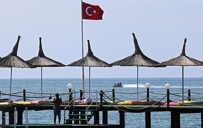 Сотрудникам МВД разрешили выезжать на отдых в Турцию и Таиланд