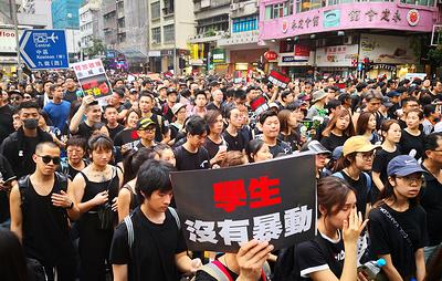 Организаторы акции протеста в Гонконге сообщили о почти 2 млн участников