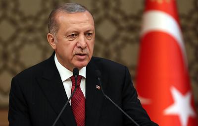 Эрдоган заявил, что Турция начинает прием С-400 с июля