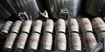 Почти без градуса. Как делают безалкогольное пиво и вино? И полезны ли они?