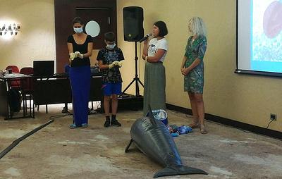 Первый тренинг по оказанию помощи дельфинам собрал в Сочи 100 участников