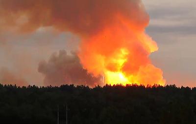 Один человек погиб в результате взрывов боеприпасов на складе в Красноярском крае