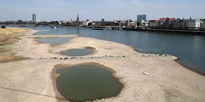 Засуха и ливни. Как в Европе высыхают водоемы, а Великие озера выходят из берегов