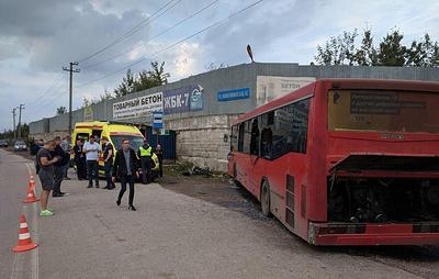 Число пострадавших в ДТП с автобусом в Перми выросло до 16