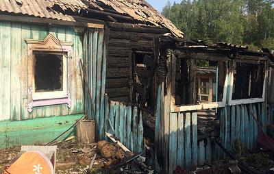 В Иркутской области возбудили дело после пожара, в котором погибли женщина и трое детей