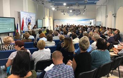 В Новосибирской области обсудили опыт внедрения цифровых образовательных ресурсов в школах