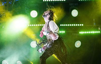 Роб Мессел из США выиграл чемпионат мира по игре на воображаемой гитаре