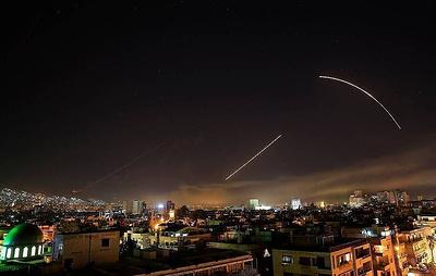 В небе над Дамаском прогремели взрывы
