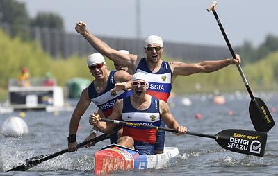 Россияне выиграли золото ЧМ в гребле на каноэ-четверках на дистанции 500 м