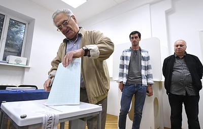 Выборы в Абхазии проходят в спокойной обстановке