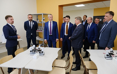 В Новосибирске открылась школа с телестудией, скалодромом и ботаническом садом