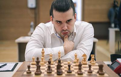 Непомнящий победил Томашевского на тай-брейке и вышел в четвертый раунд КМ по шахматам
