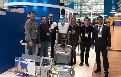"""Ученые из КБР представили """"робота-ритейлера"""" на международном форуме """"Открытые инновации"""""""
