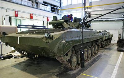"""Источник: госиспытания новейшей БМП-2М с гранатометом и """"Корнетами"""" завершатся к зиме"""