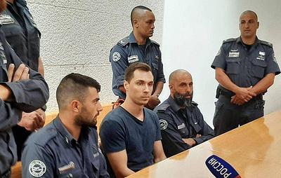 Экстрадированному в США россиянину Буркову грозит до 80 лет тюрьмы