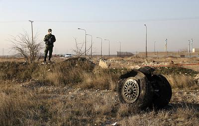 Reuters: украинский самолет со 180 пассажирами разбился в Тегеране