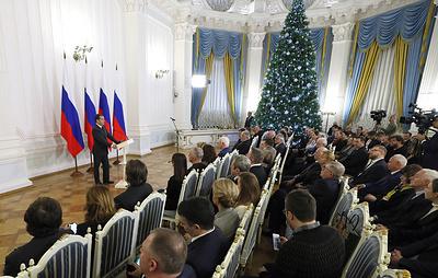 Медведев пошутил на тему новогодних праздников