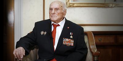 """""""Мы не позволили Гитлеру уничтожить Краков"""". Разведчик Ботян — о спасении польского города"""