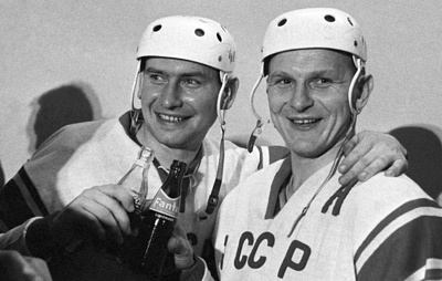 Исполняется 80 лет со дня рождения олимпийского чемпиона по хоккею Александра Альметова