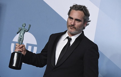 Брэд Питт и Лора Дерн получили премию Гильдии киноактеров США за роли второго плана