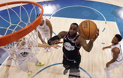 Стали известны стартовые пятерки команд на Матч звезд НБА