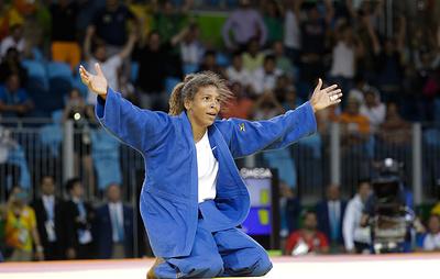Олимпийская чемпионка по дзюдо Силва отстранена от соревнований на два года