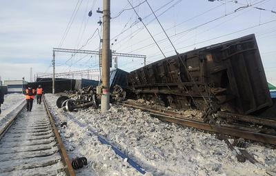 В Иркутской области сошли с рельсов 10 вагонов с углем