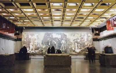 Поисковики Петербурга передали Музею блокады вещи испанского ополченца времен войны