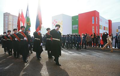 В Уфе военнослужащие провели парад для 102-летнего ветерана Великой Отечественной войны