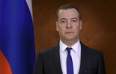 Медведев призвал не принимать ситуацию с коронавирусом за голливудский триллер