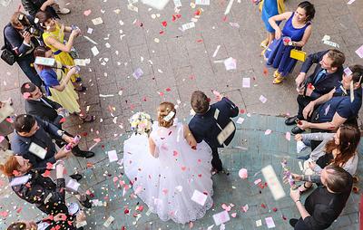 Беременность и угроза жизни могут быть основанием для заключения брака в день обращения