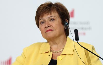 Глава МВФ заявил, что мировая экономика вошла в период спада