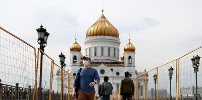 Пик распространения в РФ пройден, дата парада назначена. Главное о коронавирусе за 26 мая