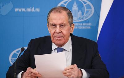 Лавров заявил, что пандемия показала, что перед бедой все равны